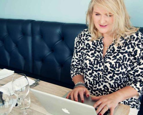 Linda DAvis Carr - The Master Fixer